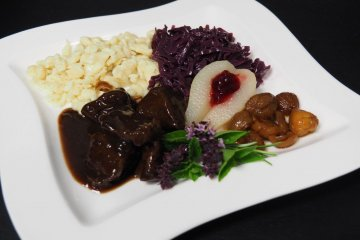 Our plate with venison stew, Spätzli, red cabbage and autumnally accompaniments.